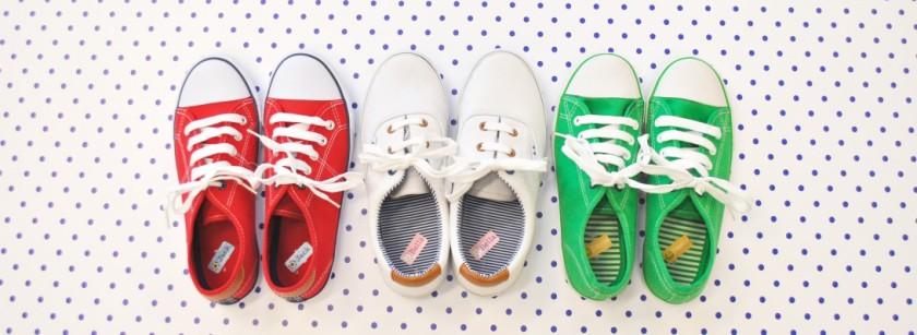 cropped-dsc_0011-shoes-line-up-centre